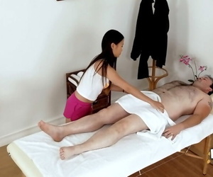Asian masseuse Pussykat is..